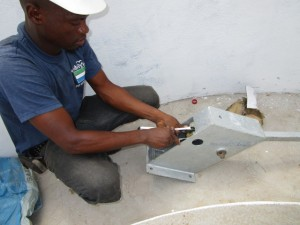 The Water Project : 48-sierraleone5103-pump-installation