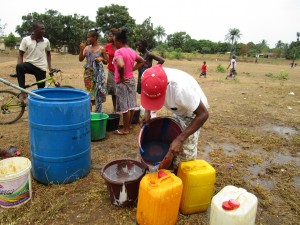 The Water Project : 49-sierraleone5102-construction