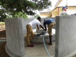 The Water Project : 50-sierraleone5102-construction