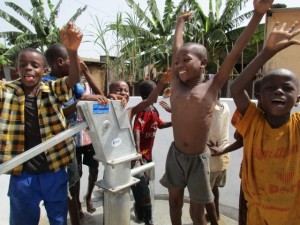 The Water Project : 62-sierraleone5103-clean-water