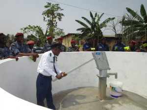 The Water Project : 63-sierraleone5103-clean-water