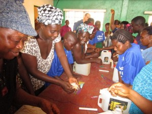 The Water Project : 9-sierraleone5103-making-hand-washing-stations