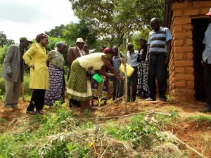The Water Project : 11-kenya4756-training