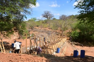 The Water Project : 17-kenya4759-construction