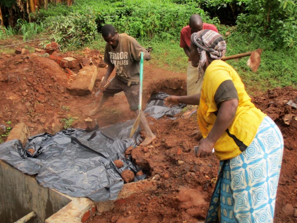 18 kenya4706 community members help backfill