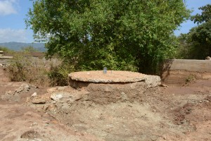 The Water Project : 2-kenya4776-well-construction