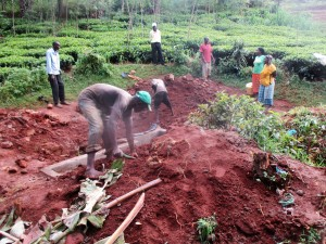 The Water Project : 23-kenya4706-planting