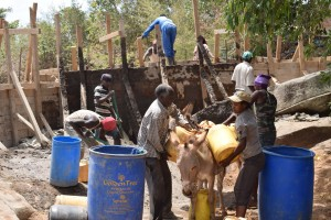 The Water Project : 23-kenya4756-construction