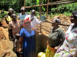 The Water Project : 28-kenya4706-protected-spring