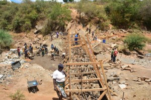 The Water Project : 28-kenya4760-construction