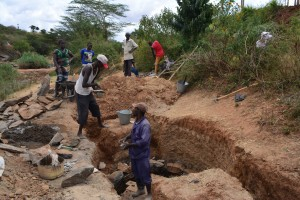 The Water Project : 3-kenya4780-well-construction