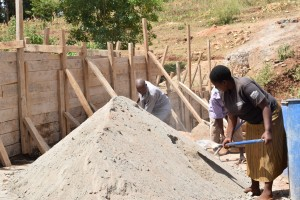 The Water Project : 31-kenya4757-construction