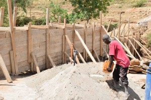 The Water Project : 34-kenya4757-construction