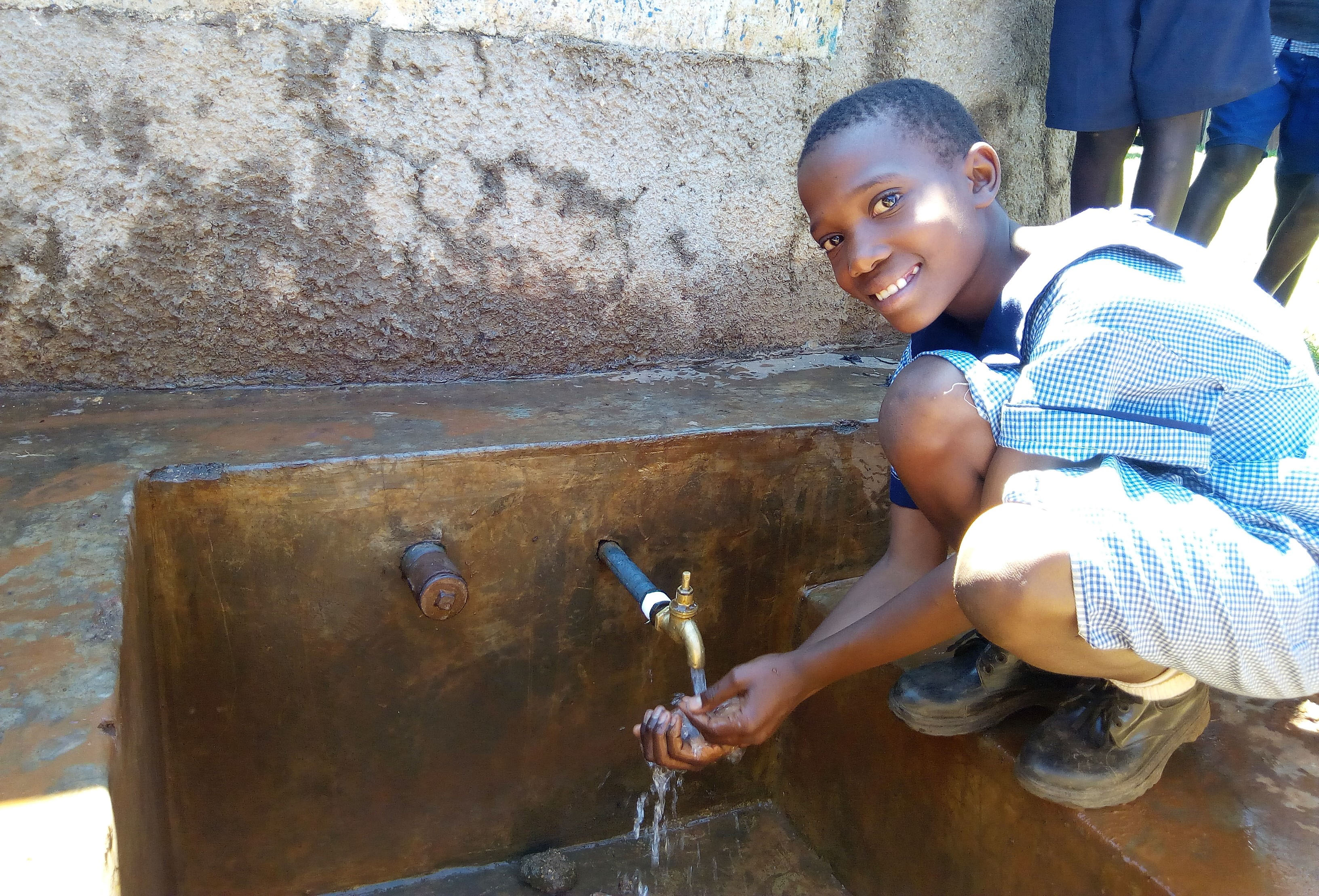 The Water Project : 4-kenya4597-meditse-khavetsa