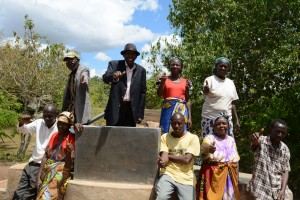 The Water Project : 7-kenya4776-finished-well
