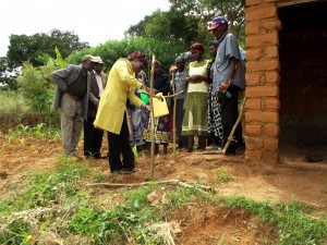 The Water Project : 9-kenya4756-training