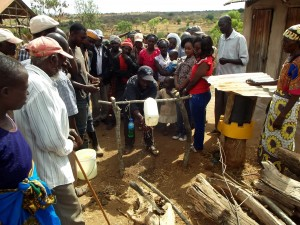 The Water Project : 9-kenya4759-training