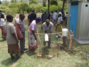 The Water Project : 16-kenya4782-training