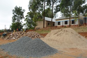 The Water Project : 17-kenya4800-construction-phase-1