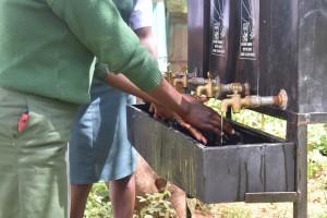 The Water Project : 17-kenya4803-hand-washing