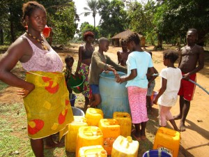 The Water Project : 24-sierraleone5107-flushing