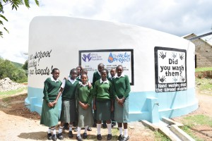 The Water Project : 25-kenya4803-finished-tank