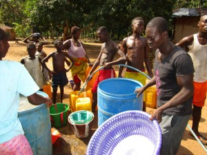 The Water Project : 25-sierraleone5107-flushing