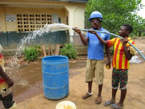 The Water Project : 27-sierraleone5106-flushing