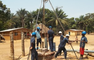 The Water Project : 32-sierraleone5107-drilling