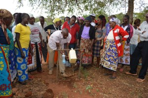 The Water Project : 33-kenya4763-review-training
