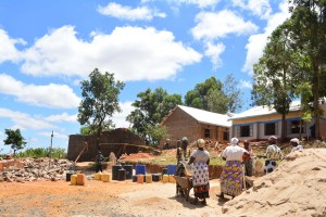 The Water Project : 33-kenya4800-construction-phase-3