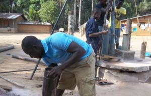 The Water Project : 33-sierraleone5107-drilling