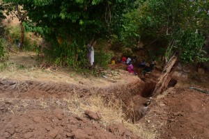 The Water Project : 35-kenya4763-construction-phase-1