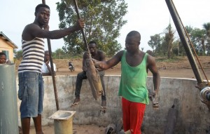 The Water Project : 35-sierraleone5106-drilling