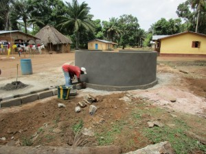 The Water Project : 38-sierraleone5107-building-well-pad