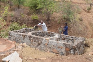 The Water Project : 39-kenya4763-well-construction