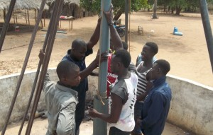 The Water Project : 40-sierraleone5106-drilling
