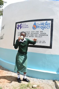 The Water Project : 41-kenya4803-finished-tank
