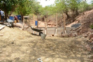The Water Project : 42-kenya4763-construction-phase-2