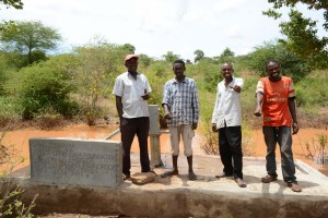 The Water Project : 42-kenya4763-finished-hand-dug-well