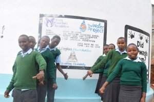 The Water Project : 43-kenya4800-finished-tank