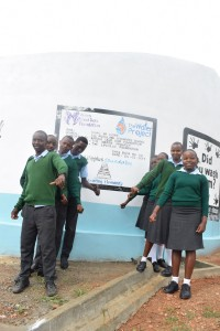 The Water Project : 44-kenya4800-finished-tank