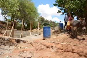 The Water Project : 45-kenya4763-construction-phase-2