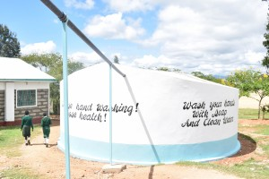 The Water Project : 45-kenya4803-finished-tank