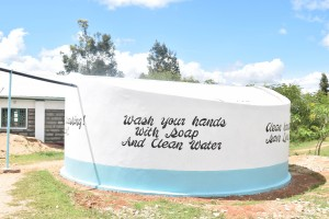 The Water Project : 46-kenya4803-finished-tank
