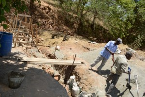 The Water Project : 48-kenya4763-construction-phase-2
