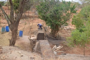 The Water Project : 52-kenya4763-construction-phase-3