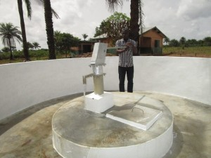 The Water Project : 53-sierraleone5106-clean-water-flowing