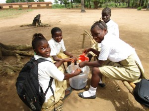 The Water Project : 54-sierraleone5106-clean-water-flowing