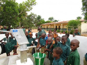 The Water Project : 64-sierraleone5106-clean-water-flowing